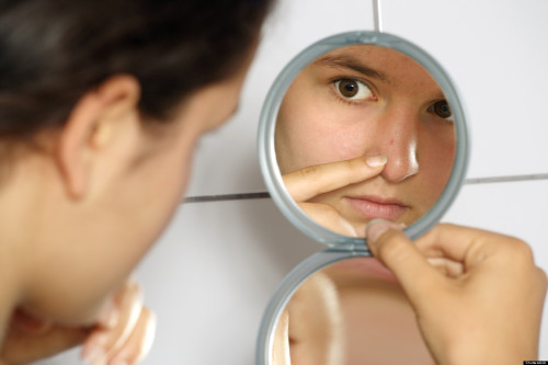 o-BODY-DYSMORPHIC-DISORDER-facebook