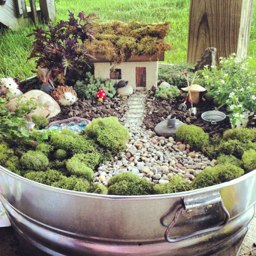 fairy-garden-house-with-moss-roof